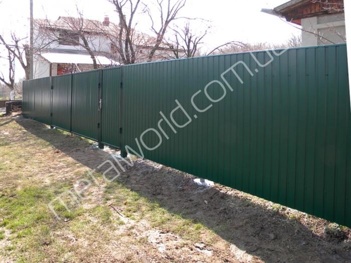 забор из профнастила фото
